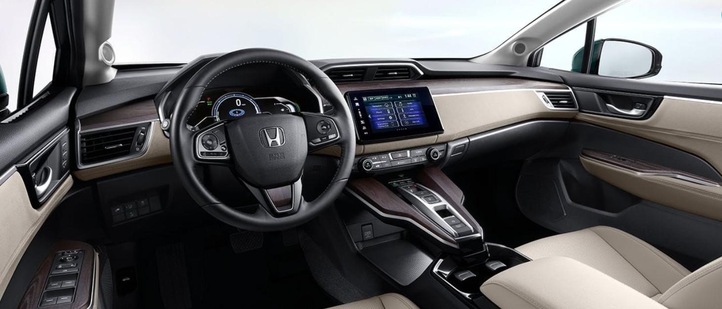 Enjoy the Exhilaration of the Honda Clarity Plug-In Hybrid!