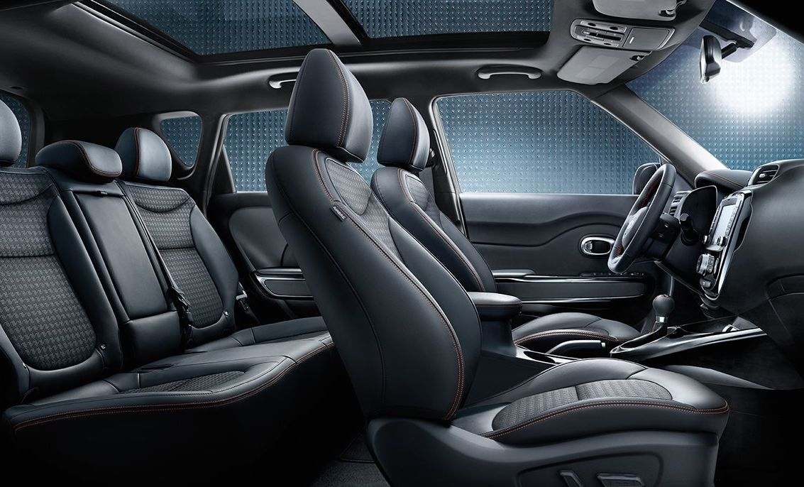 Interior of the 2018 Soul