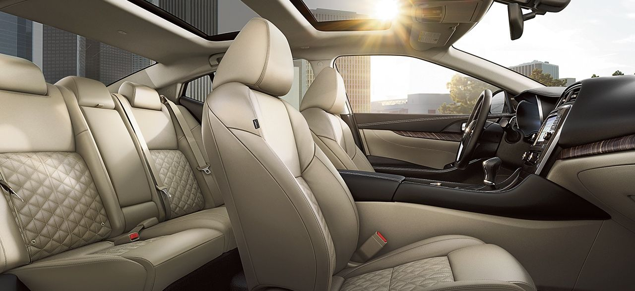 Luxurious Seating of the 2018 Nissan Maxima