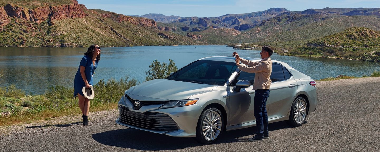 2018 Toyota Camry Financing in Rockford, IL