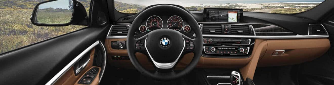 Dashboard in the 2018 BMW 3 Series