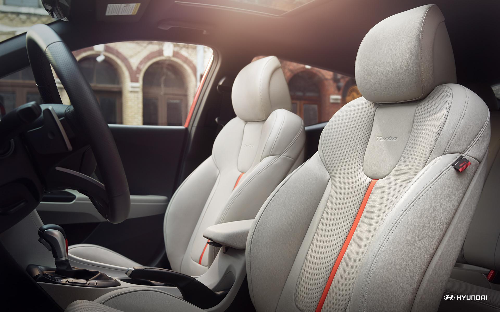 Cozy Interior of the 2019 Veloster Turbo