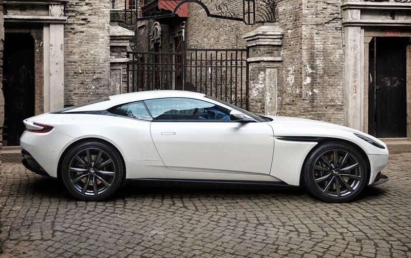 2018 Aston Martin DB11 For Sale Near Round Rock, TX