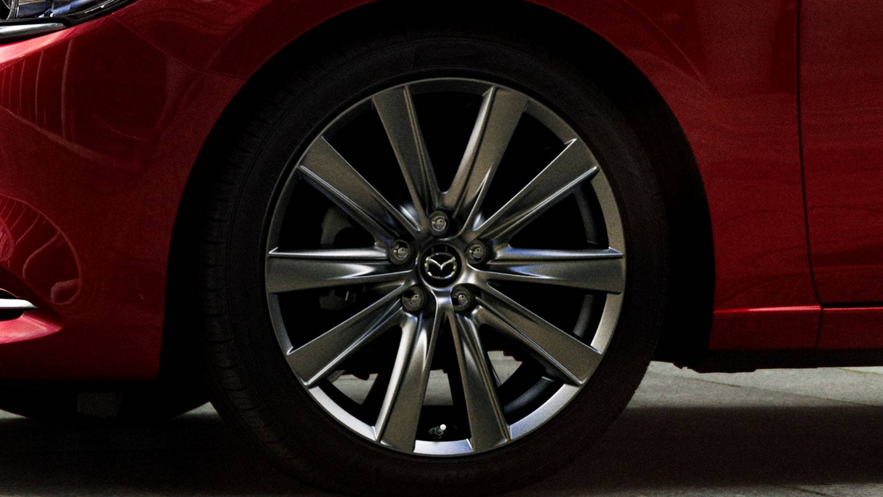 Turn Heads As You Cruise in the Mazda6!