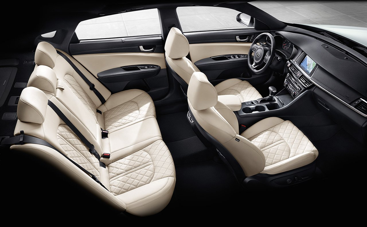 There's Plenty of Room For All Your Passengers in the Optima!