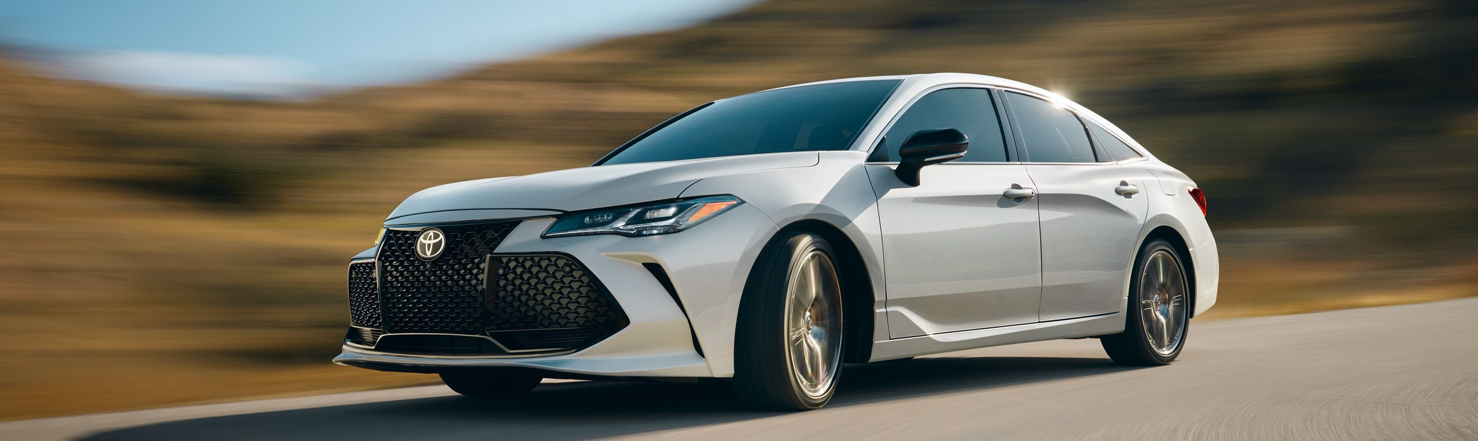 2019 Toyota Avalon for Sale in Watertown, SD
