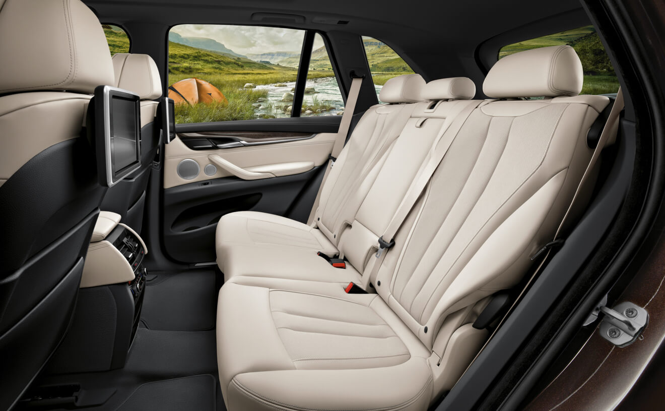 Enjoy Maximum Comfort During Any Drive in the X5!
