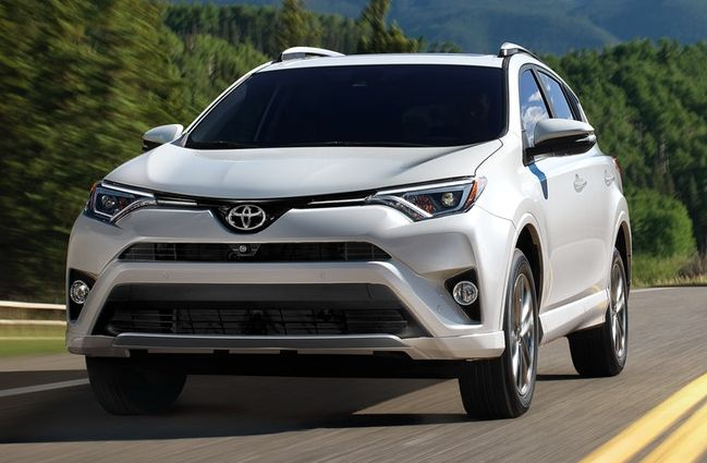 2018 Toyota RAV4 Financing near Cherry Valley, IL