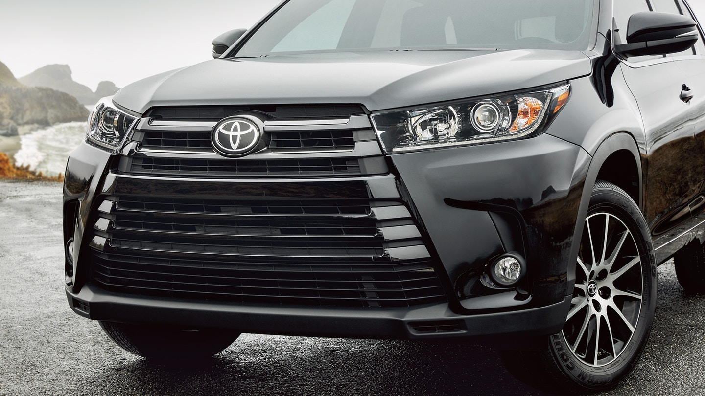 2018 Toyota Highlander Hybrid for Sale near Lee's Summit, MO