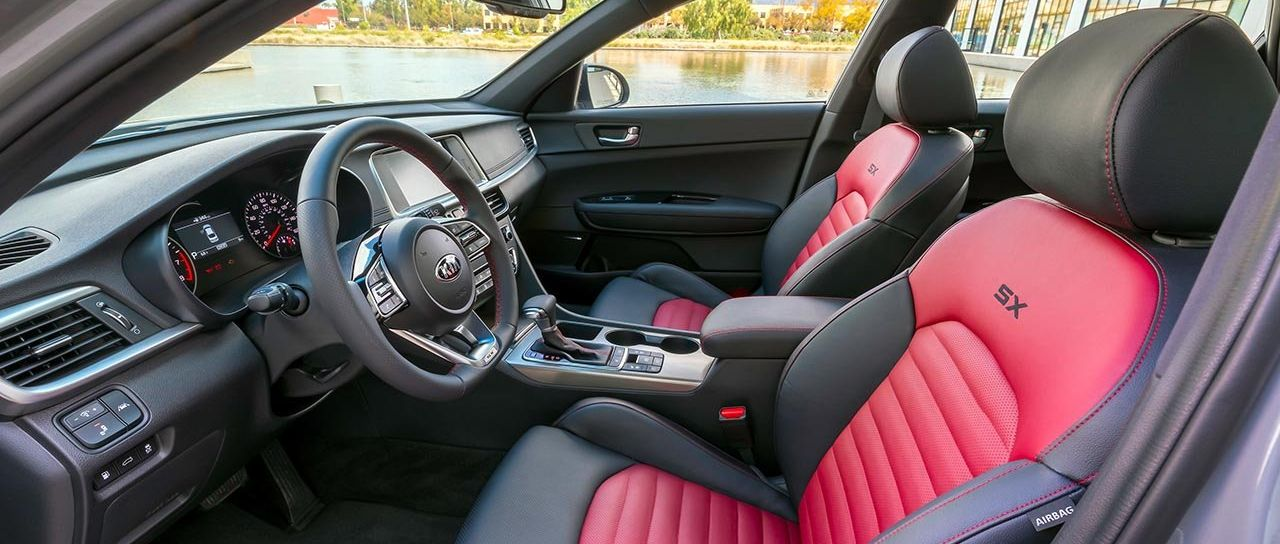 2019 Kia Optima Front Seats and Console