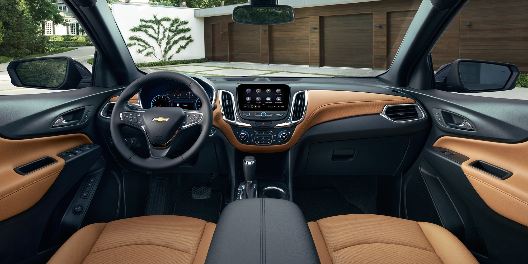 2019 Chevrolet Equinox Front Seating and Console