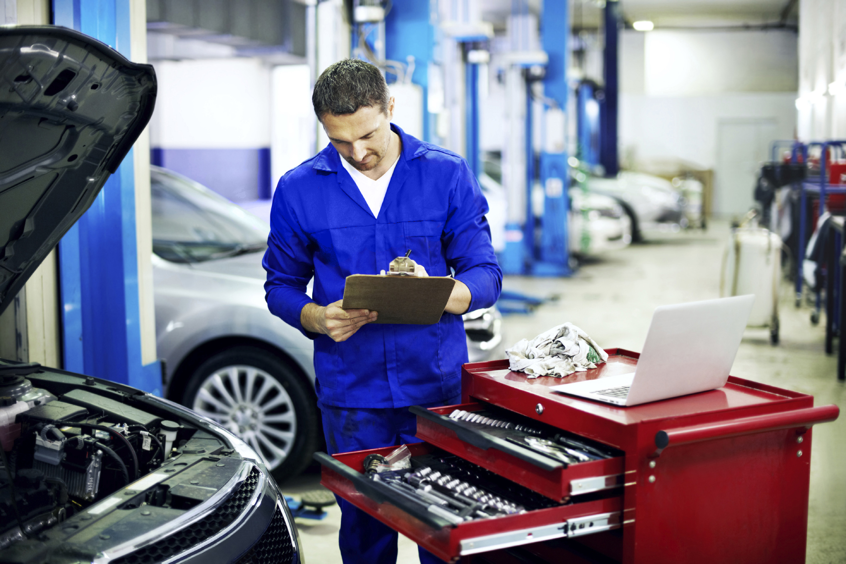 Knowledgeable Techs at Sundance Chevrolet Buick GMC!