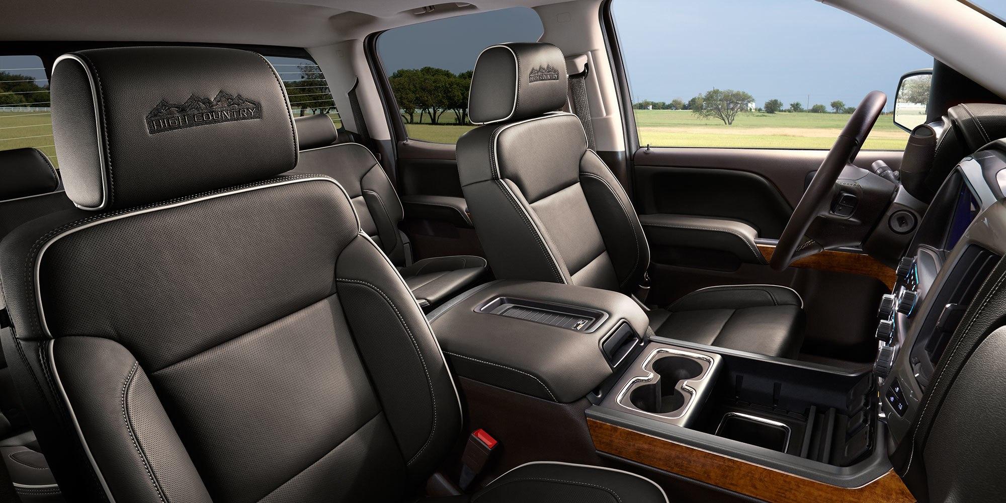 2018 Chevrolet Silverado 1500 Front Seating