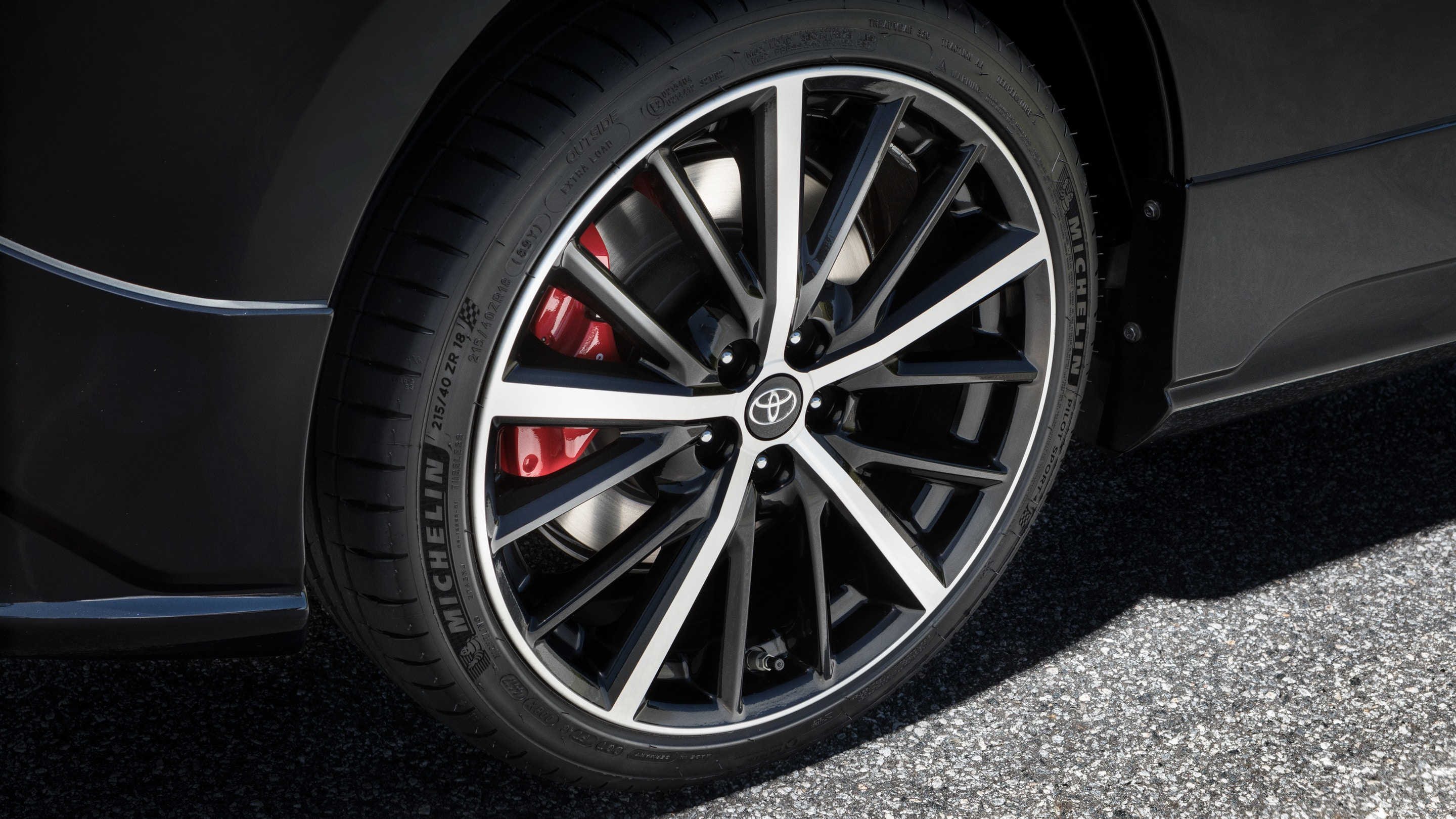 86 TRD Special Edition 18-in. Split-spoke Alloy Wheels