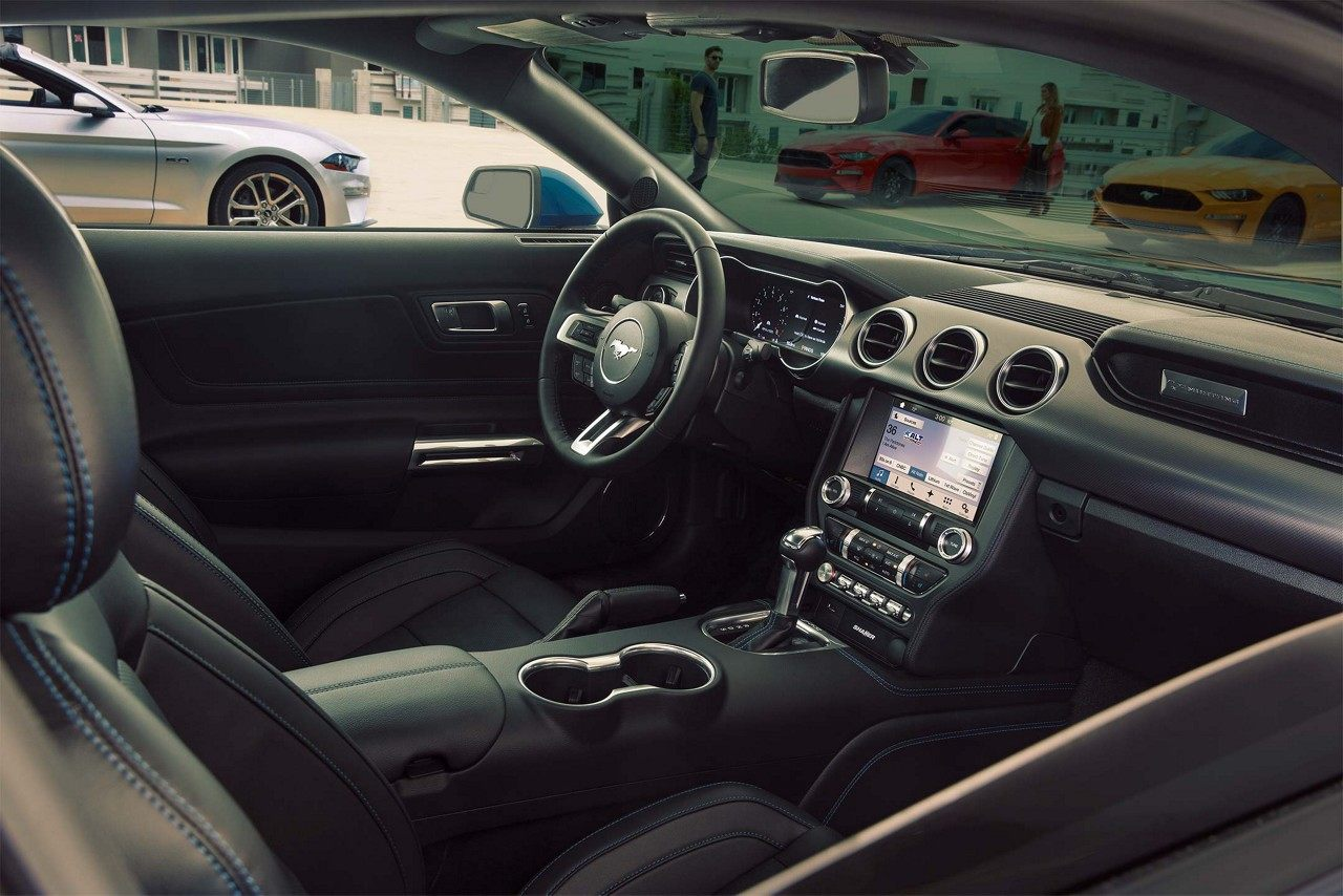 Interior of the 2019 Ford Mustang