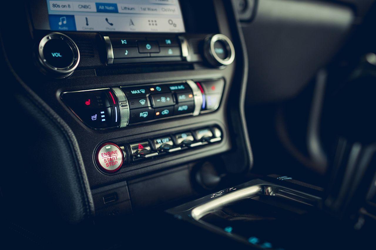 Useful Amenities in the 2019 Mustang
