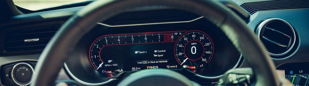 Hi-Tech Amenities in the 2019 Mustang