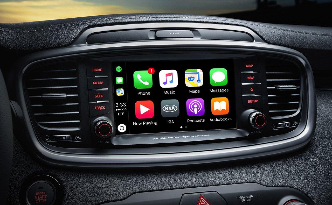 Tech-loaded Interior of the 2019 Kia Sorento
