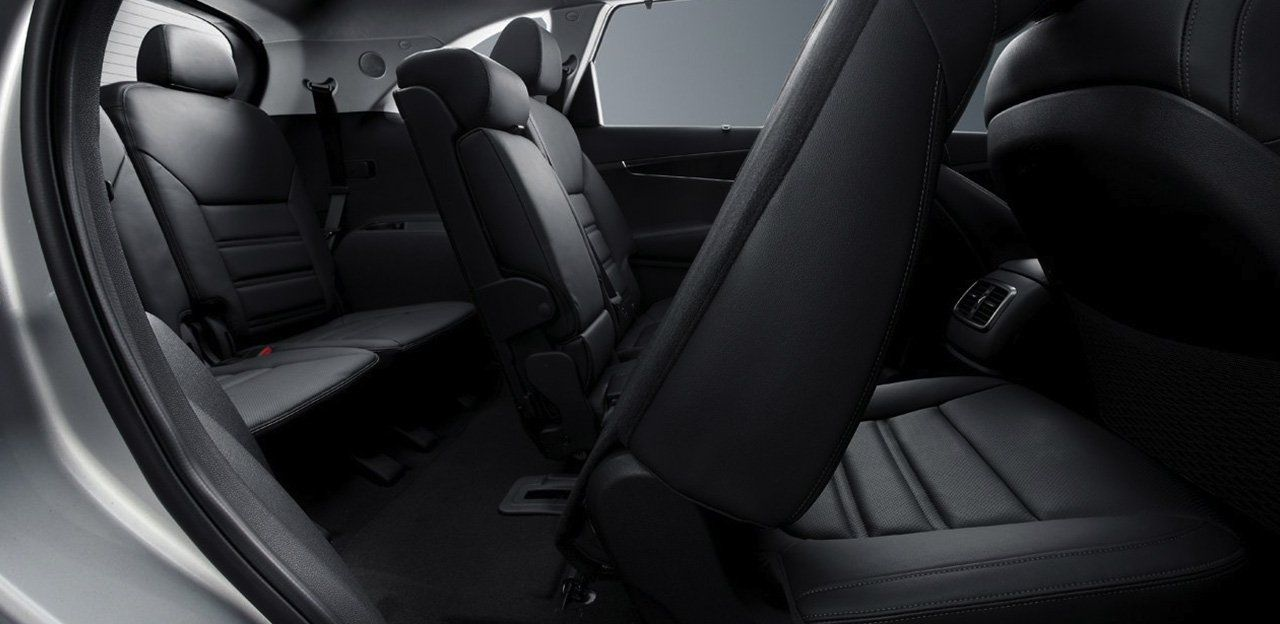 Easily-Adjustable Seating in the Sorento