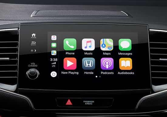 La pantalla táctil de audio de ocho pulgadas disponible en la Honda Pilot 2019 con Apple CarPlay™