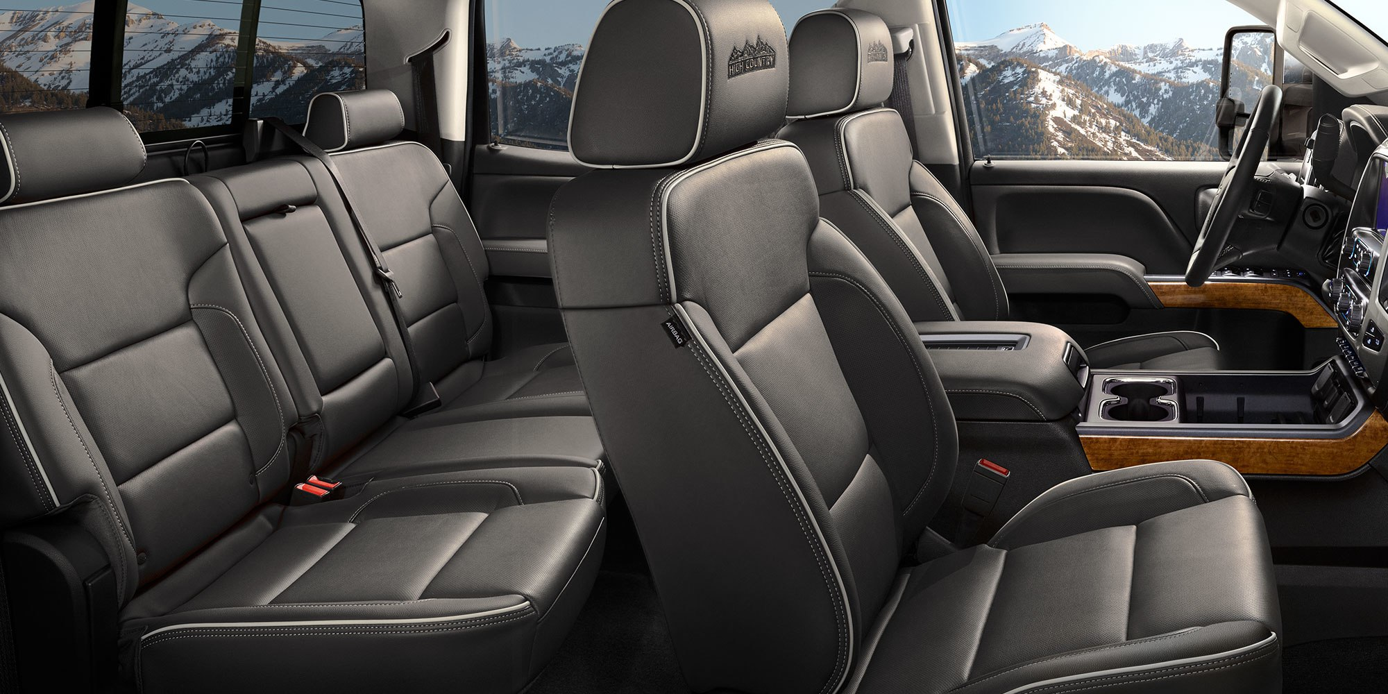 Luxurious Seating Options in the Silverado 3500HD