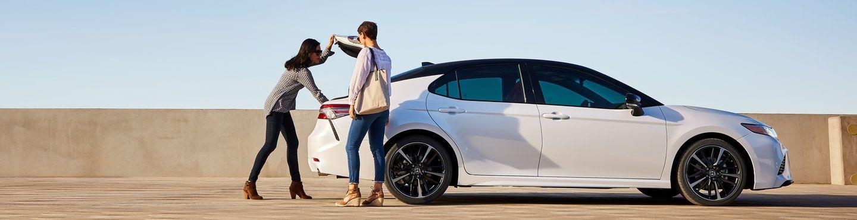 2019 Toyota Camry vs 2019 Chevrolet Malibu near Glen Mills, PA