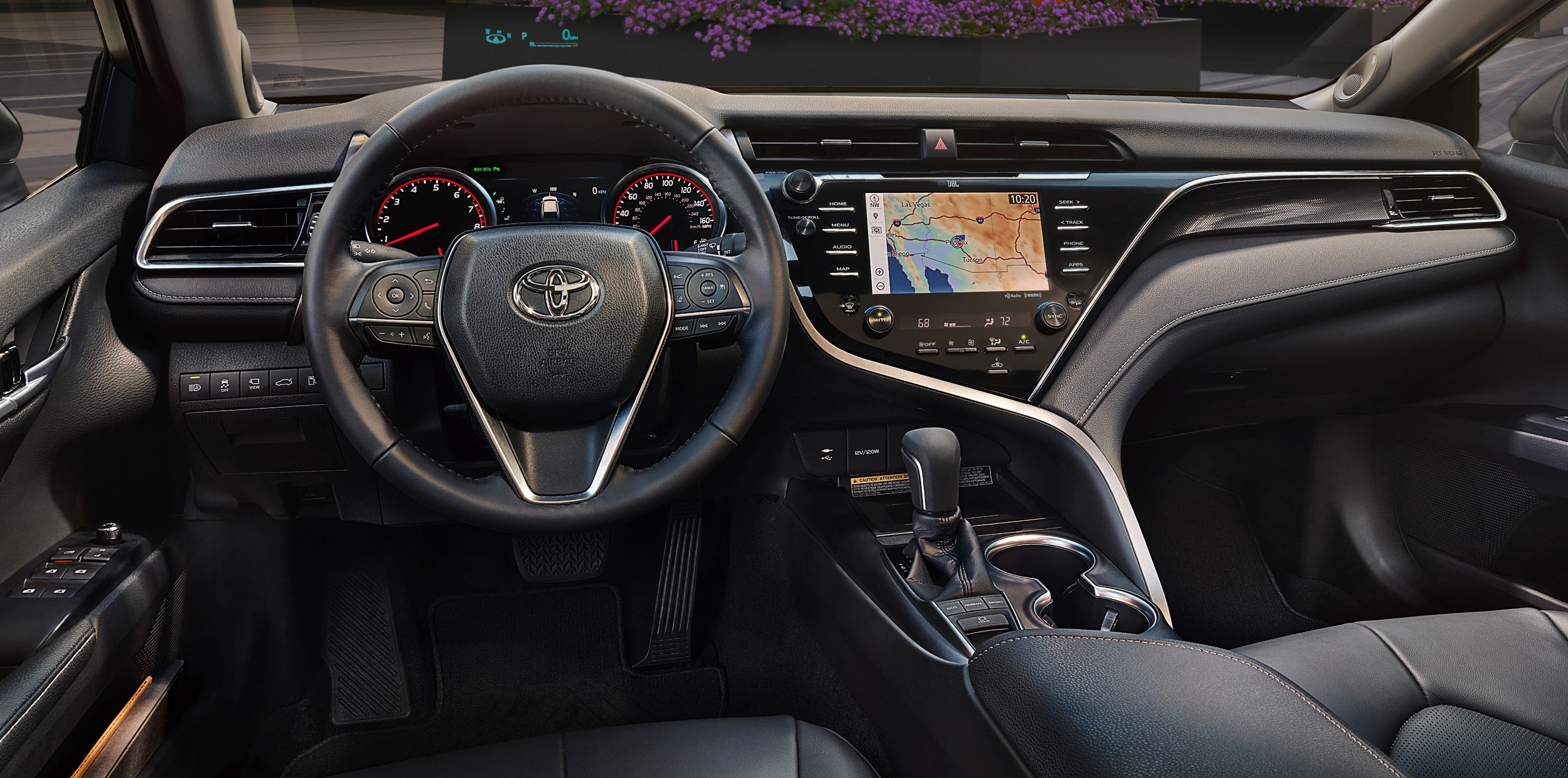 Stay Connected in the 2019 Camry!