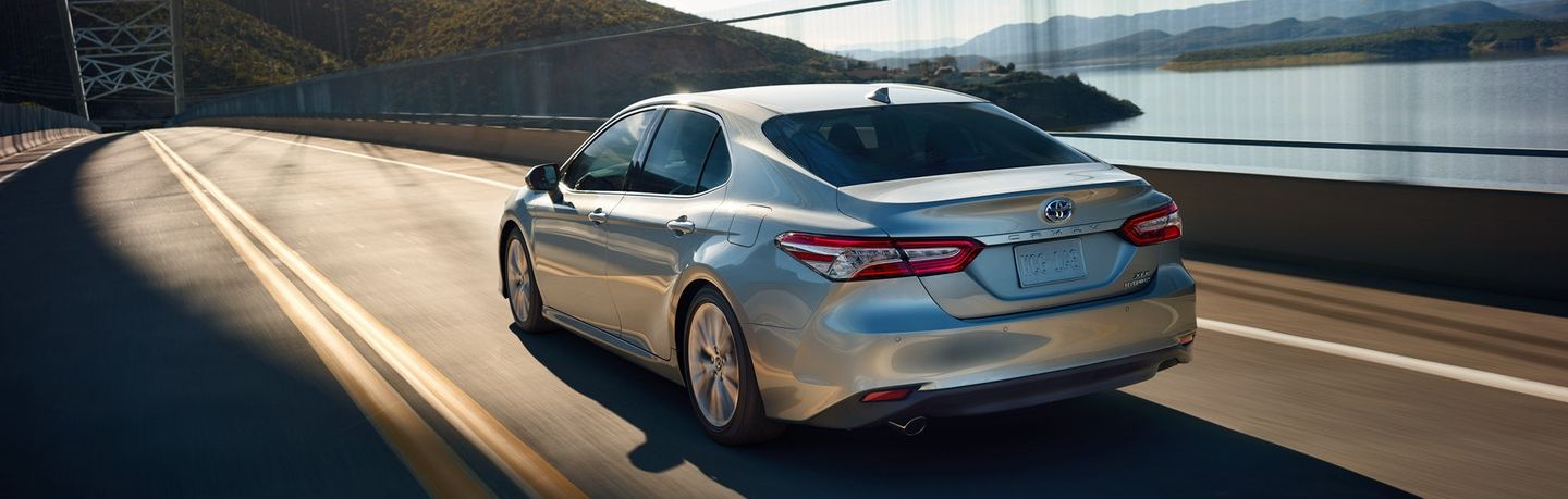 2019 Toyota Camry vs 2019 Ford Fusion in New Castle, DE