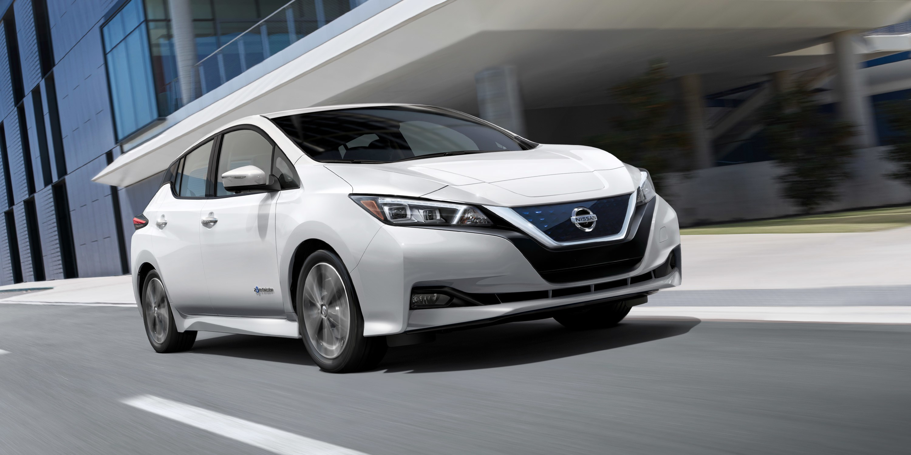 2019 Nissan LEAF Features near Marlborough, MA