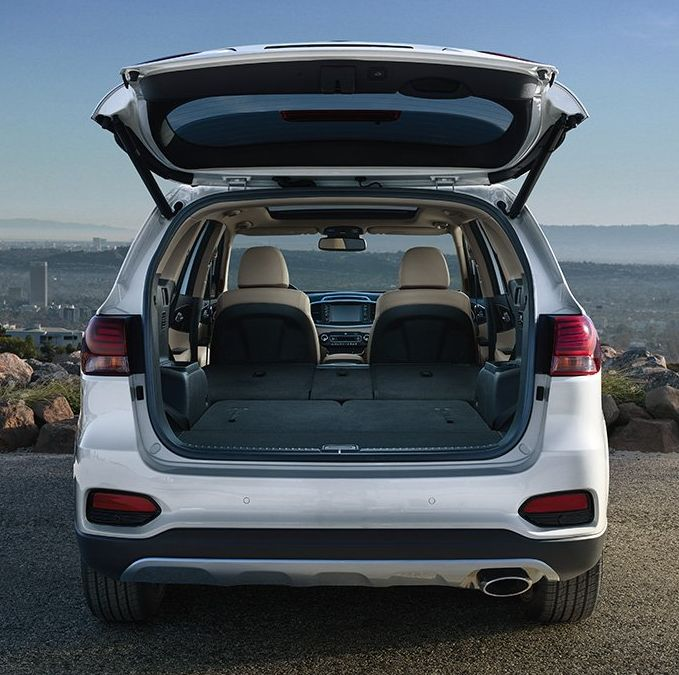 Easy Access to the Sorento's Vast Cargo Area!