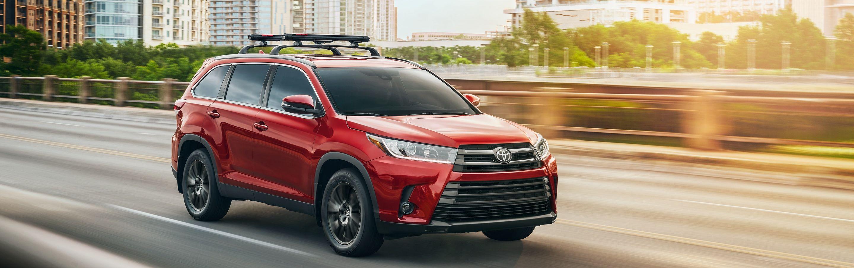 2019 Toyota Highlander for Sale near Cedar Rapids, IA