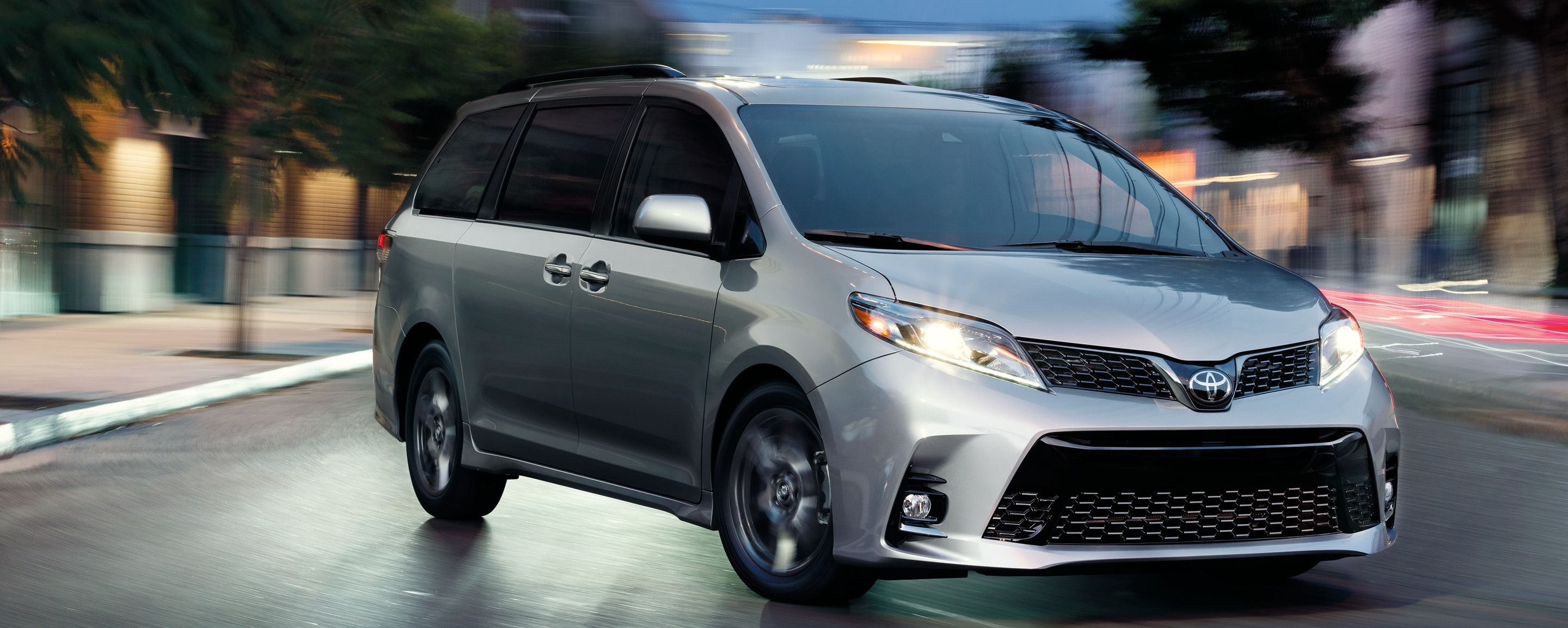 2019 Toyota Sienna for Sale in Kansas City, MO