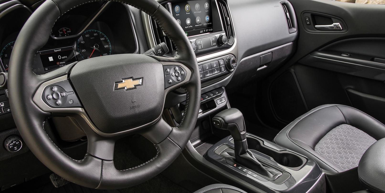 Interior of the 2019 Chevrolet Colorado