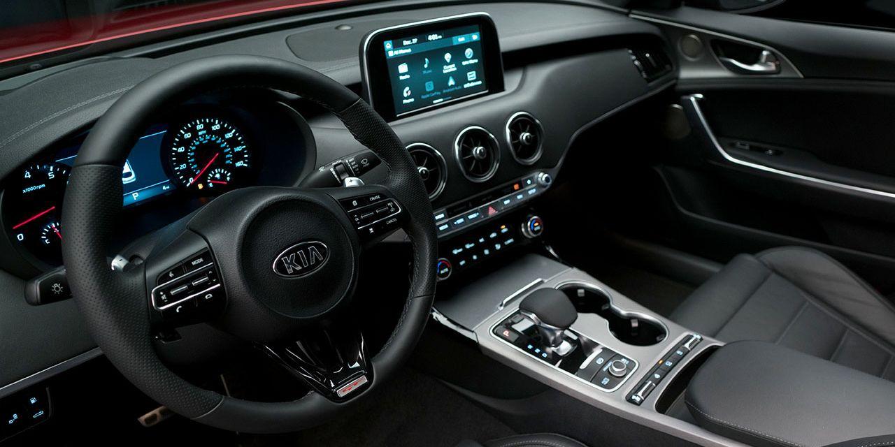 Tech-Loaded Interior of the 2019 Kia Stinger