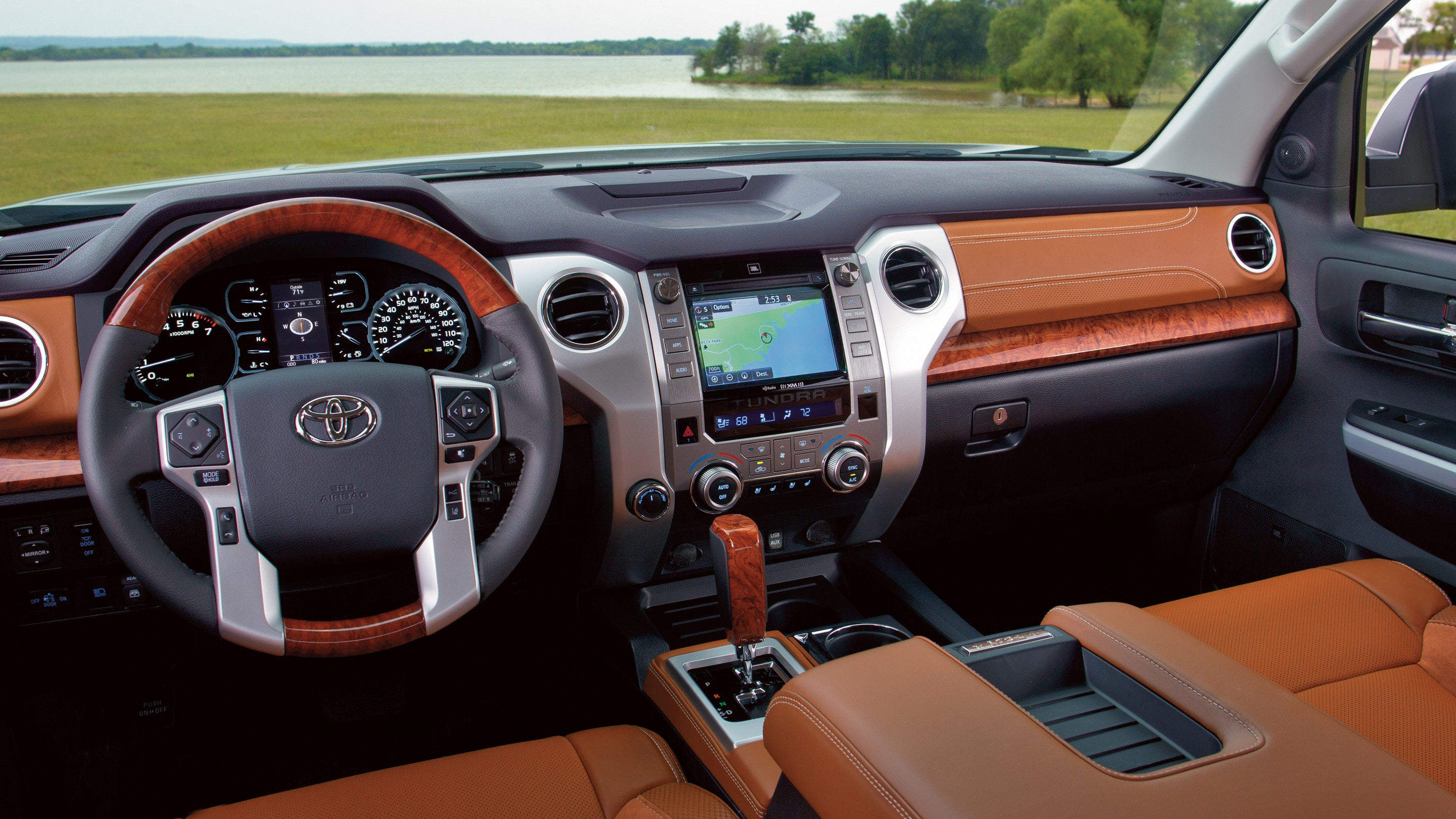 Interior of the 2019 Toyota Tundra