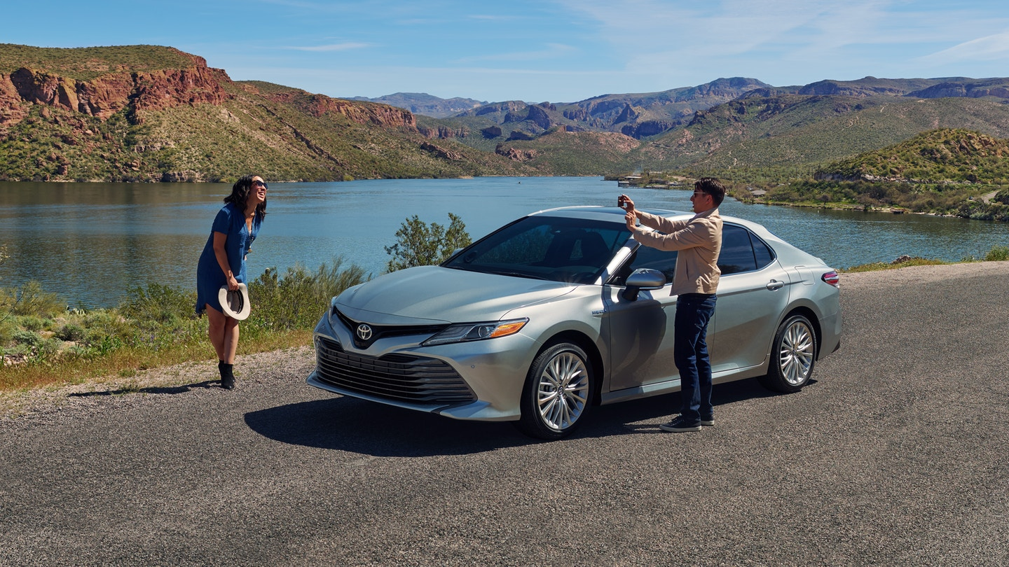 2019 Toyota Camry vs 2019 Honda Accord near Ann Arbor, MI