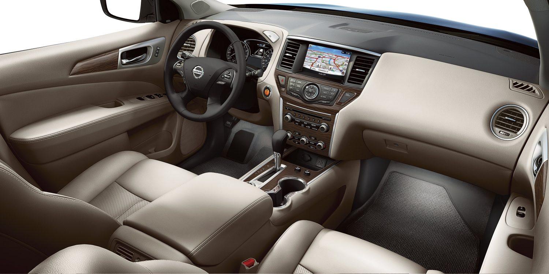 2019 Nissan Pathfinder Cockpit