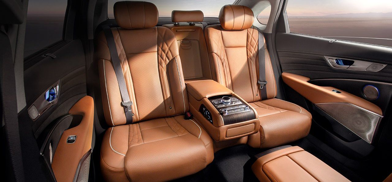 Rear Seating in the K900