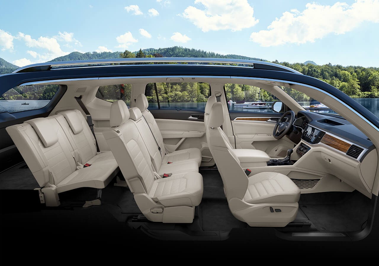 Interior del Volkswagen Atlas 2019 V6 SEL Premium con 4MOTION® en cuero Shetland.
