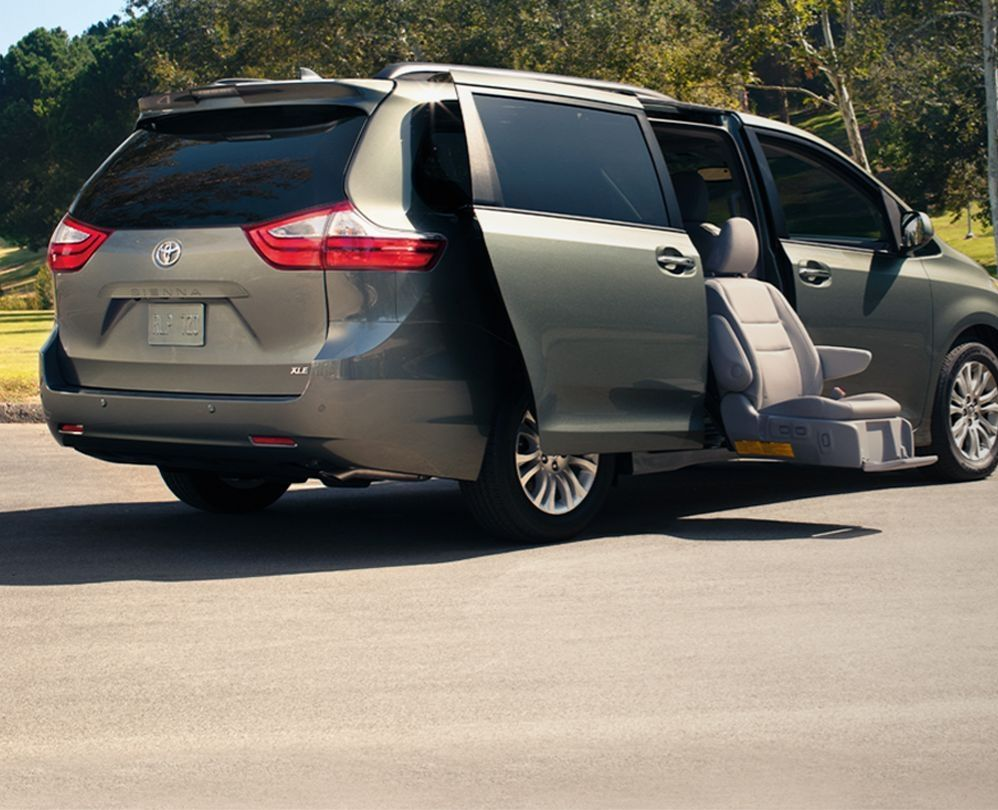 Used Toyota Sienna Mobility Vehicles For Sale Near Chicago Il Sherman Mobility Superstore