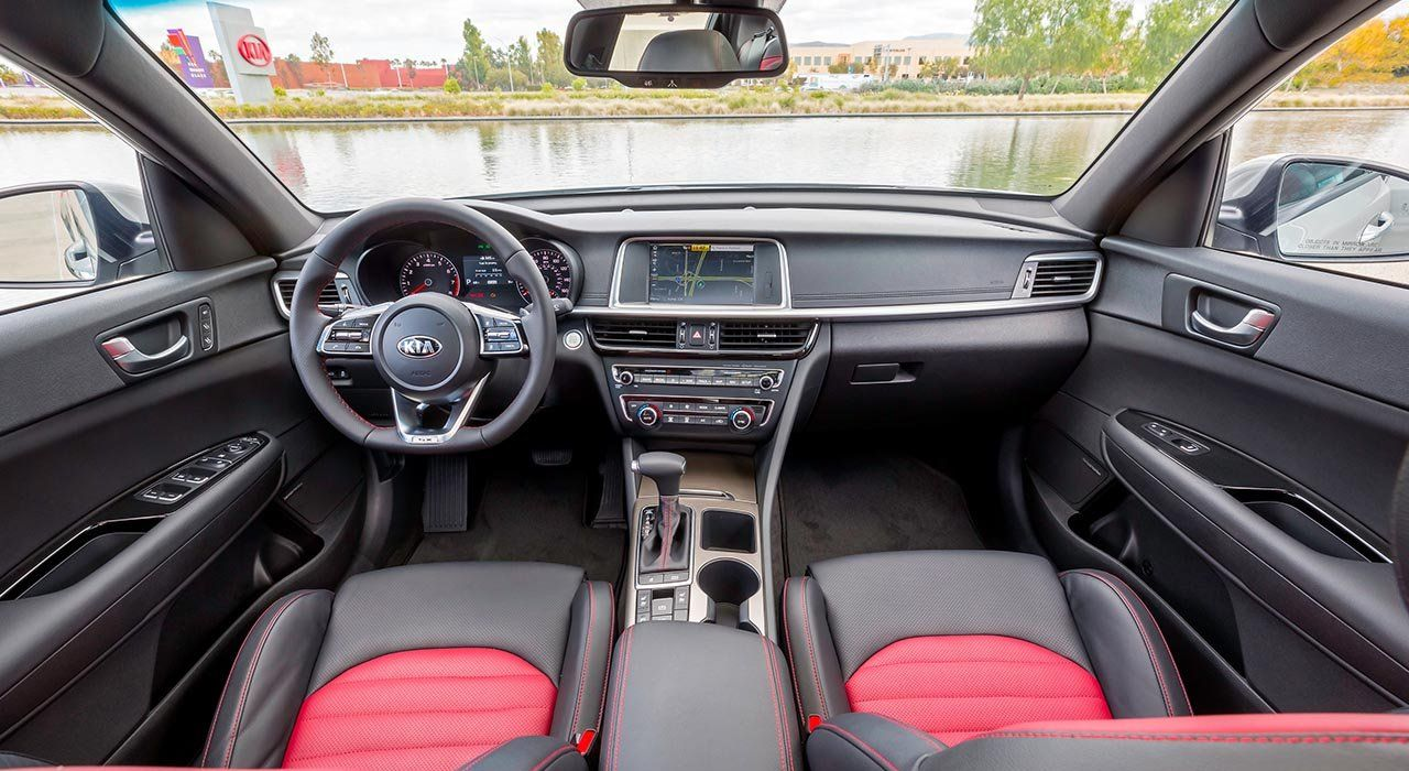Accommodating Interior of the Kia Optima