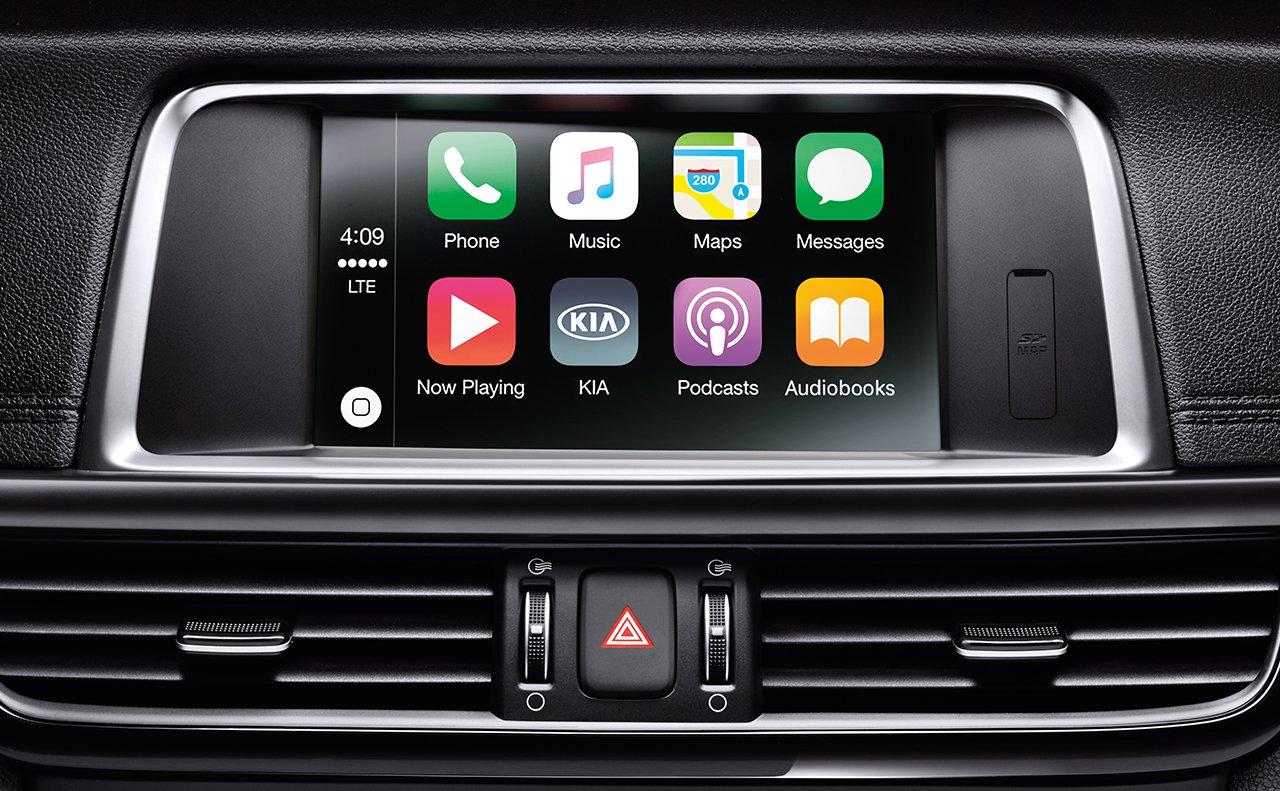 Apple CarPlay™ es una característica estándar del Kia Optima 2019