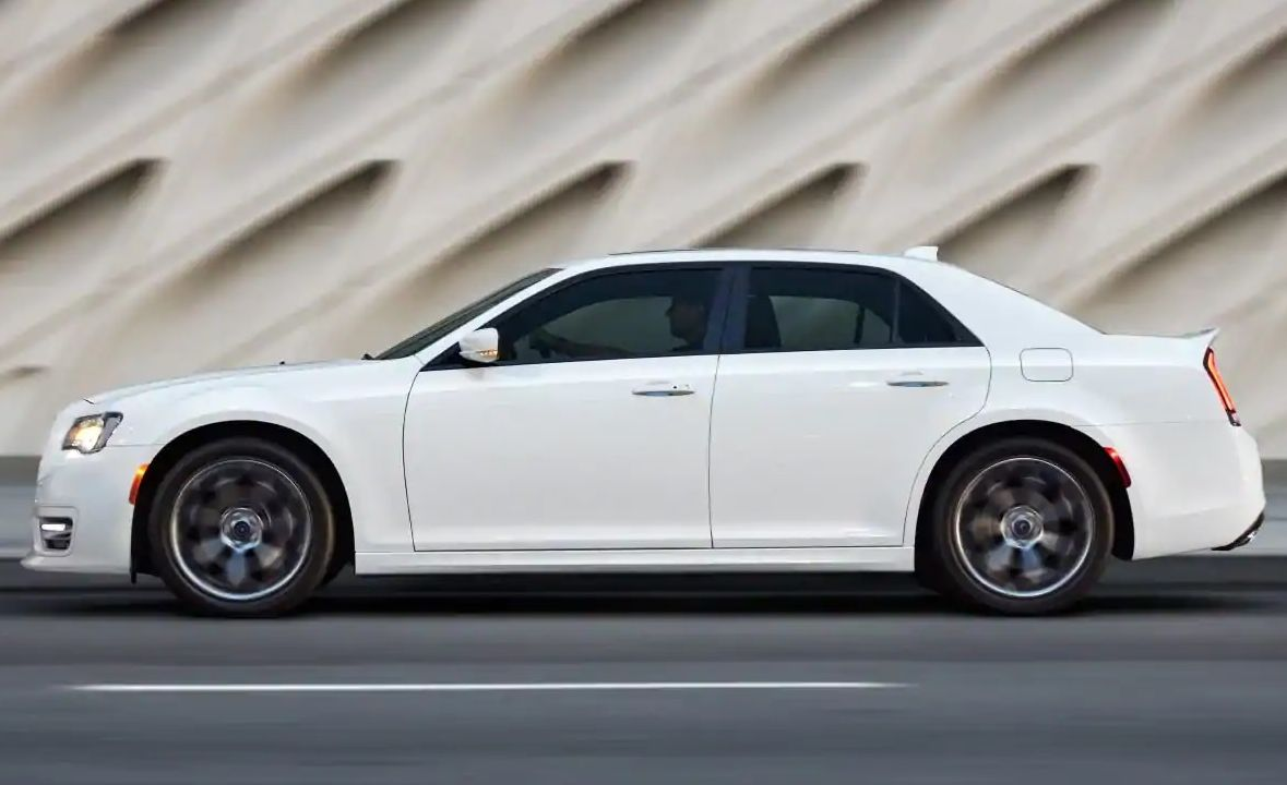 2019 Chrysler 300 for Sale near Harrah, OK