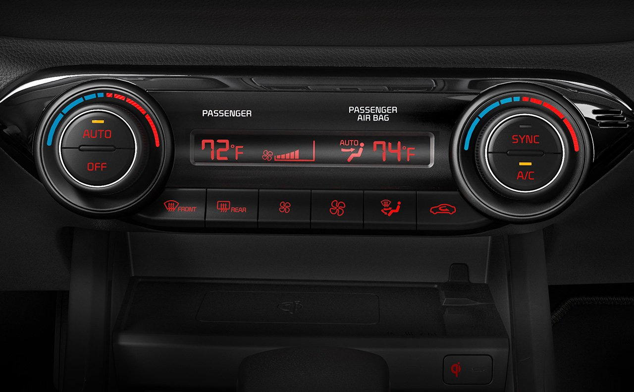 Standard Dual-Zone Climate Control in the Forte