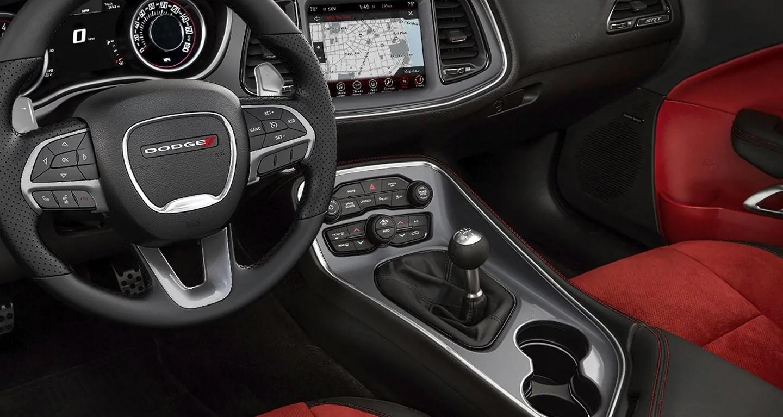 2019 Dodge Challenger Interior