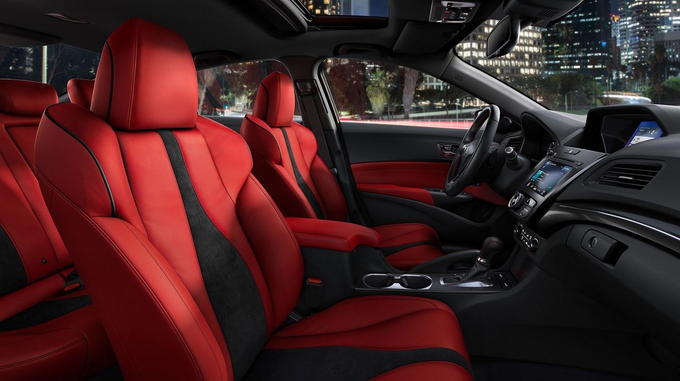 Interior del Acura ILX 2019 con paquete A-Spec® y Tecnológico