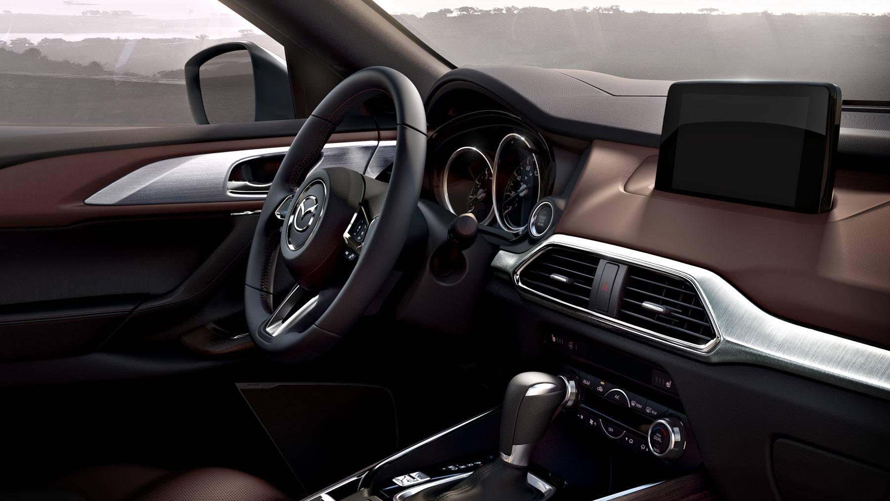 Mazda CX-9 Cockpit