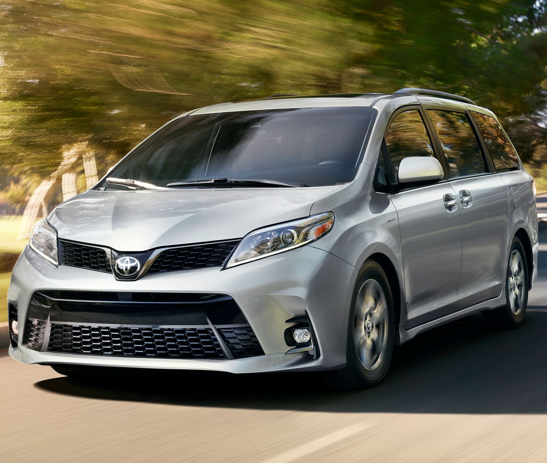 2019 Toyota Sienna Financing near Stamford, CT