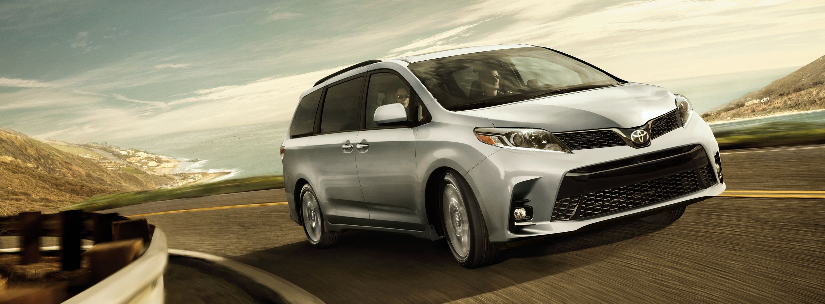 2019 Toyota Sienna Leasing near Stamford, CT
