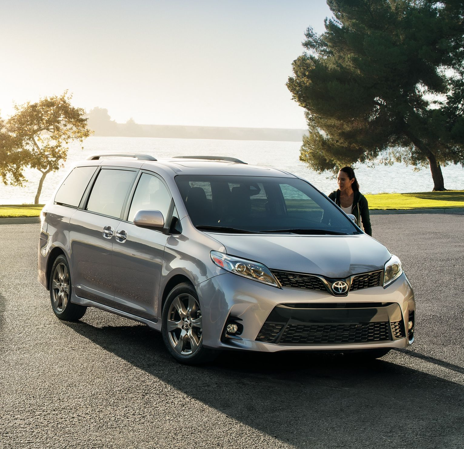 2019 Toyota Sienna Financing near Des Moines, IA